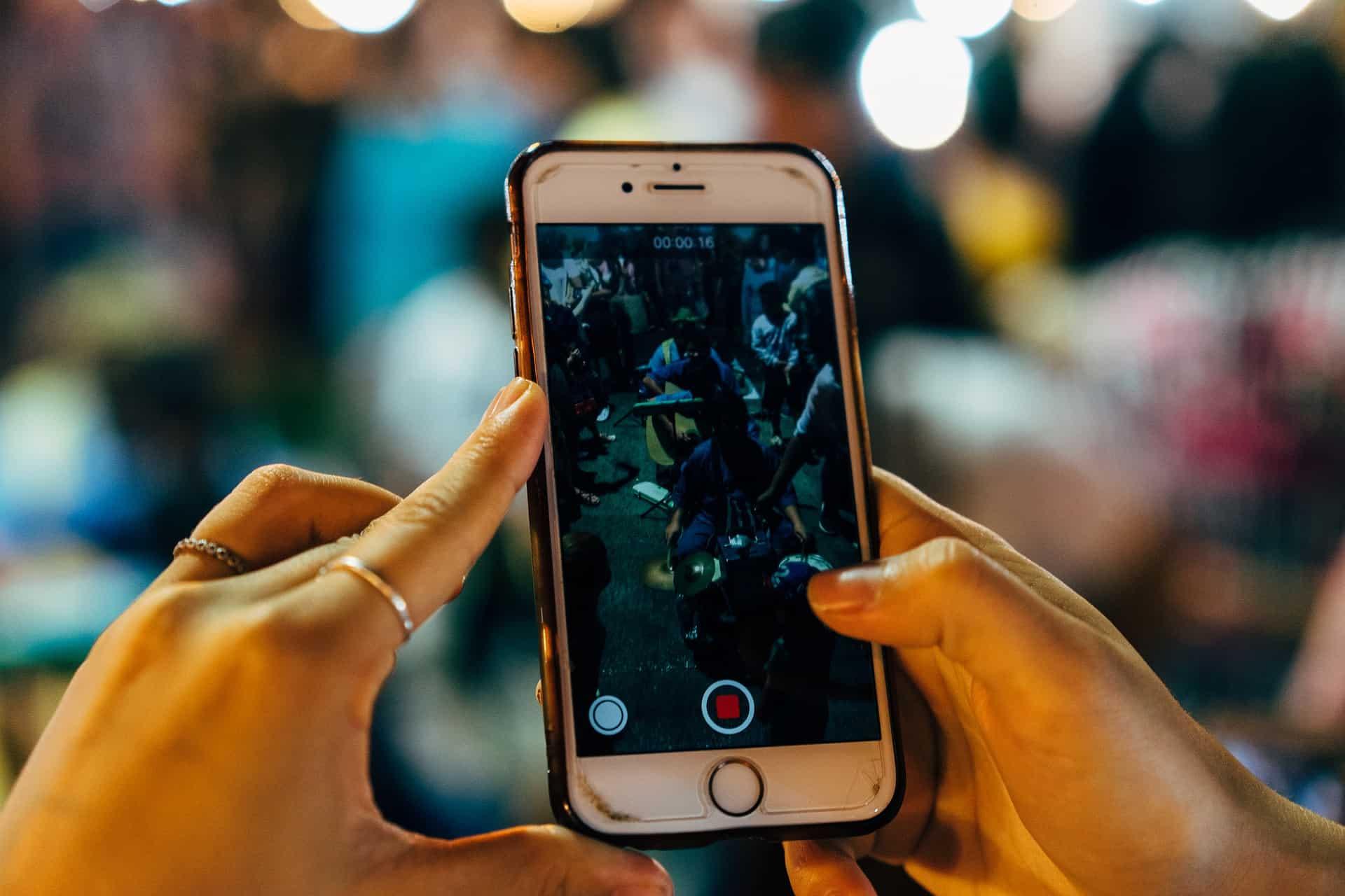 social media viral videos